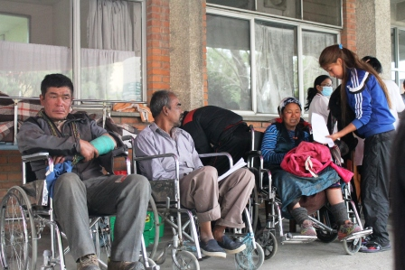 Victims waiting to get medical treatment at Patan Hospital